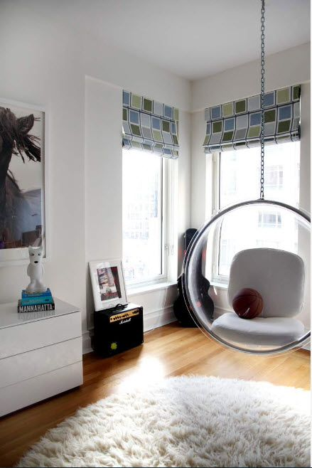 Suspended Bubble Chair. Modern Interior Ideas. Modern den with light finishing