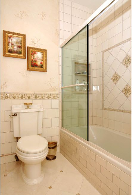 Glass Bathroom Screen. Types, Design, Interior Application. Everlast classic style in white and gold color