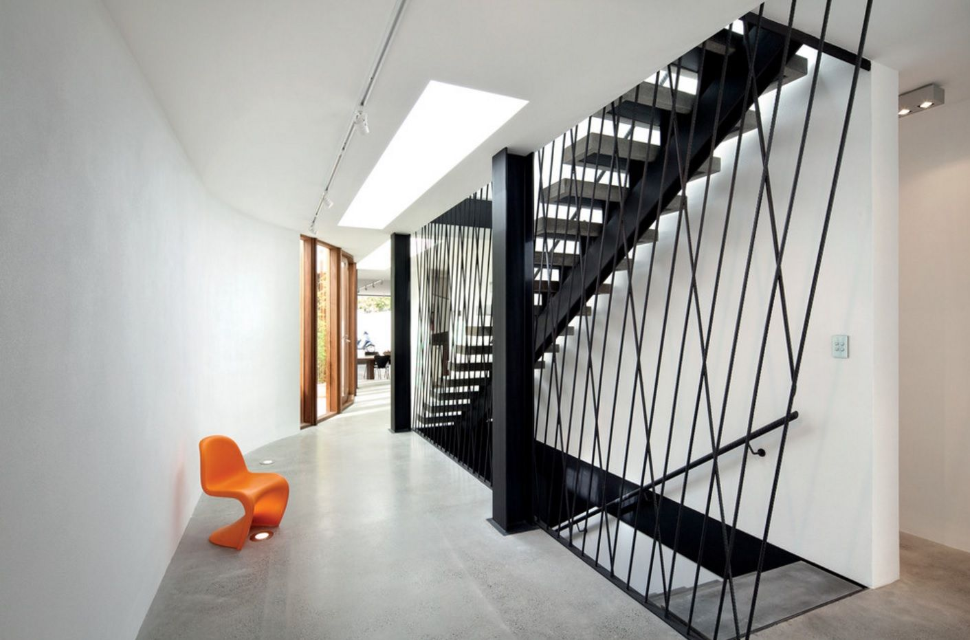 Latticed stairway zone to prevent falling down the floor