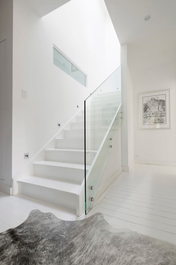 Modern Private House's Balustrade Design. White matted concept with glass screen