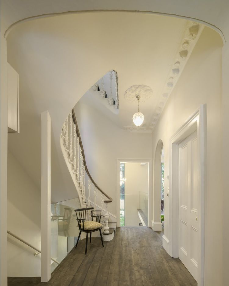Modern Private House's Balustrade Design. Modern and Classic styled synthesis in the matted pastel colored interior