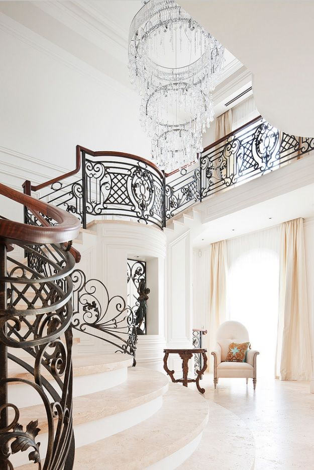Modern Private House's Balustrade Design. Royal classic (Victorian) style for the interior of private mansion