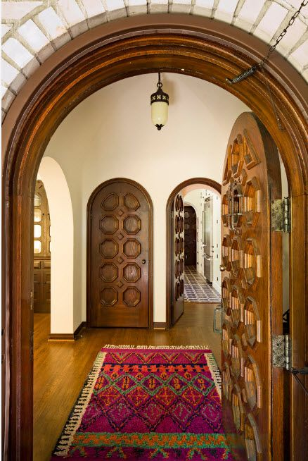 Castle vaulted doors for modern Mediterranean style