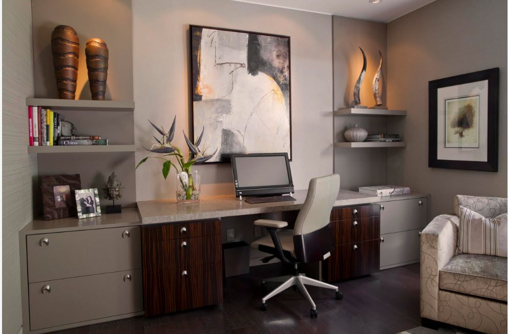 Home office with private zone and office desk