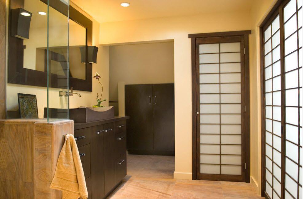 Combined door sheets at the modern boudoir in black look spectacular