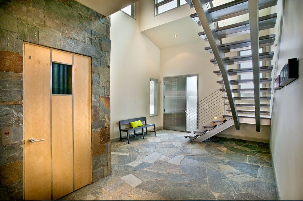 The Use of Decorative Stone for Modern Interiors' Finishing. Minimalism also appropriate for artificial stone decoartion