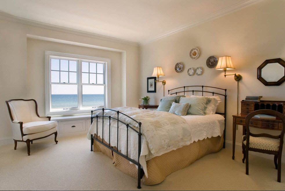 Wrought-iron Bed as a Stylish and Functional Interior Element. Plates for headboard wall decoration in the Casual styled room