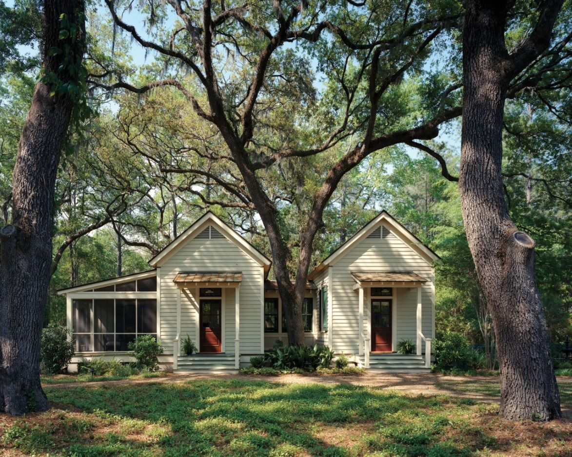 Modern Designs for Tiny Homes. American ranch-style for small cottage