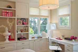 Pastel colored American classic style in the tight bedroom & home office
