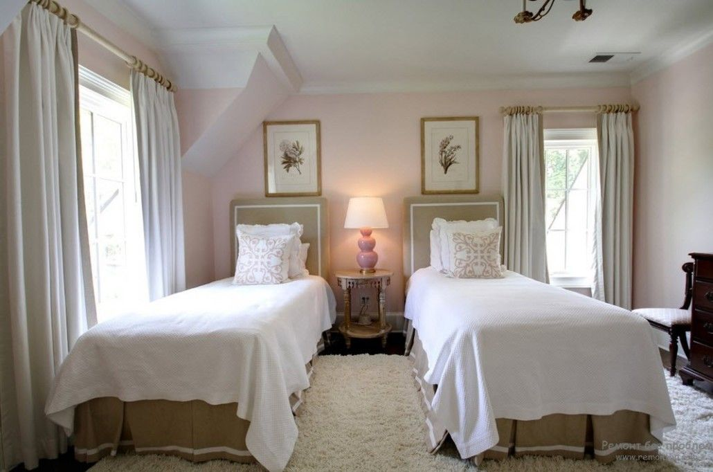 Bedroom for two with olive curtains and pale pink shades