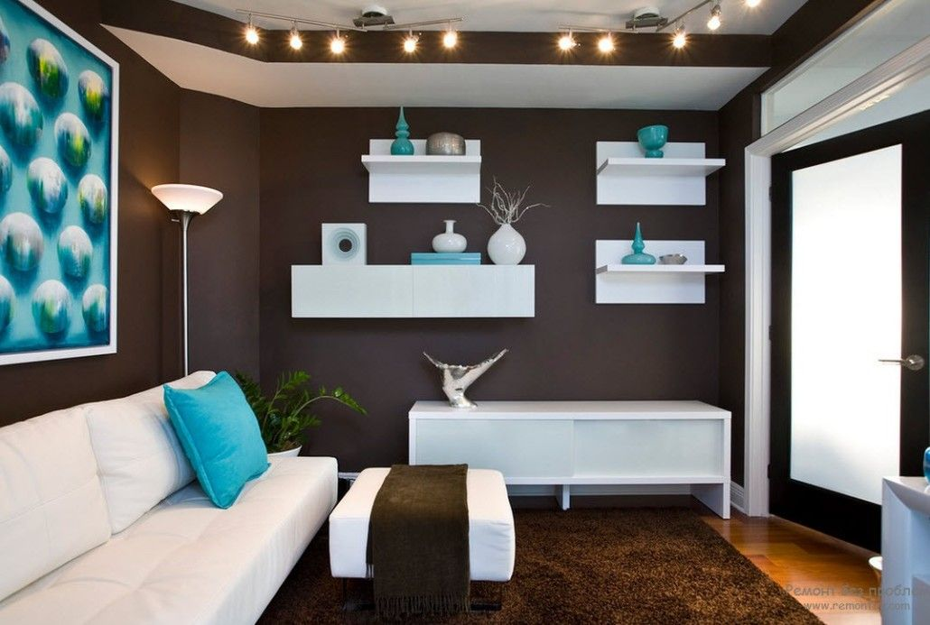 Moden style living in brown with white ceiling