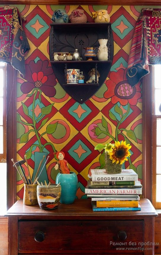 Bright pattern at the wall of the personal working place at home