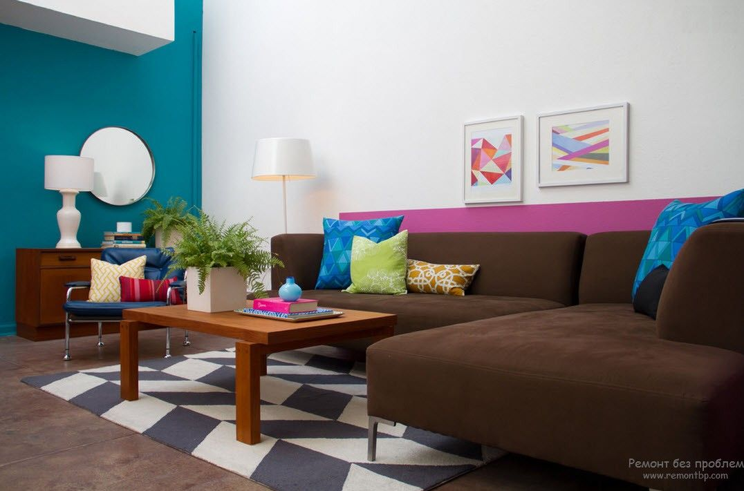 Modern Youth Interior Design. Photo Ideas. Beige sofa and multicolored dressing for the fusion room