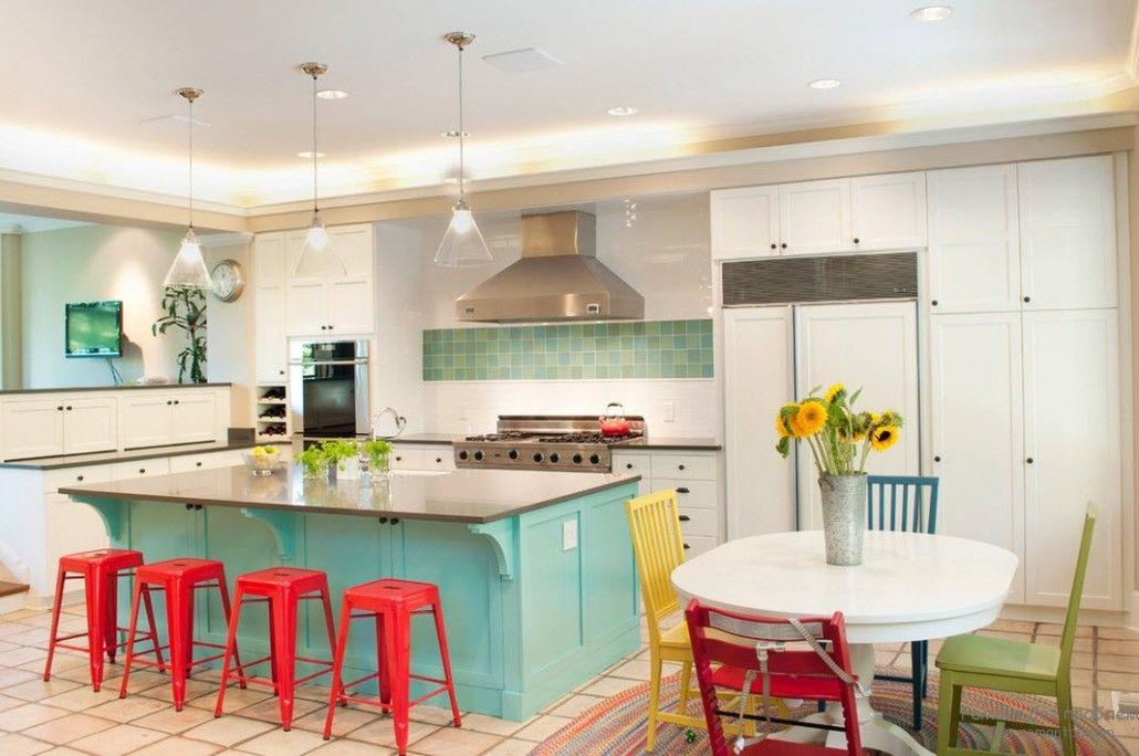 Turquoise kitchen island and splashback zone