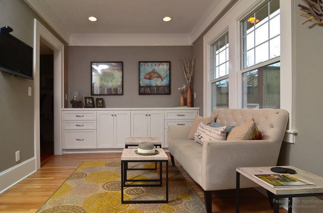 Gray wall paint and white lower storage case