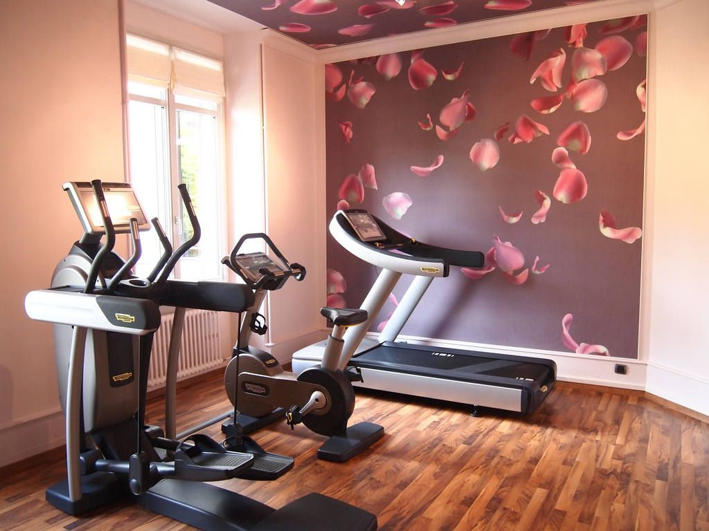 What Do You Need to Create a Home Gym. Pinky and a bit girlish home gym with natural parquet