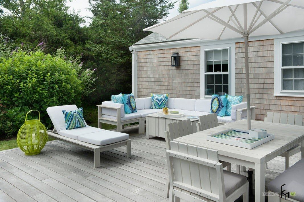 Patio furniture outdoor. Reviewing Types with Photo. Classic surfaced house and the gray color theme for the rest