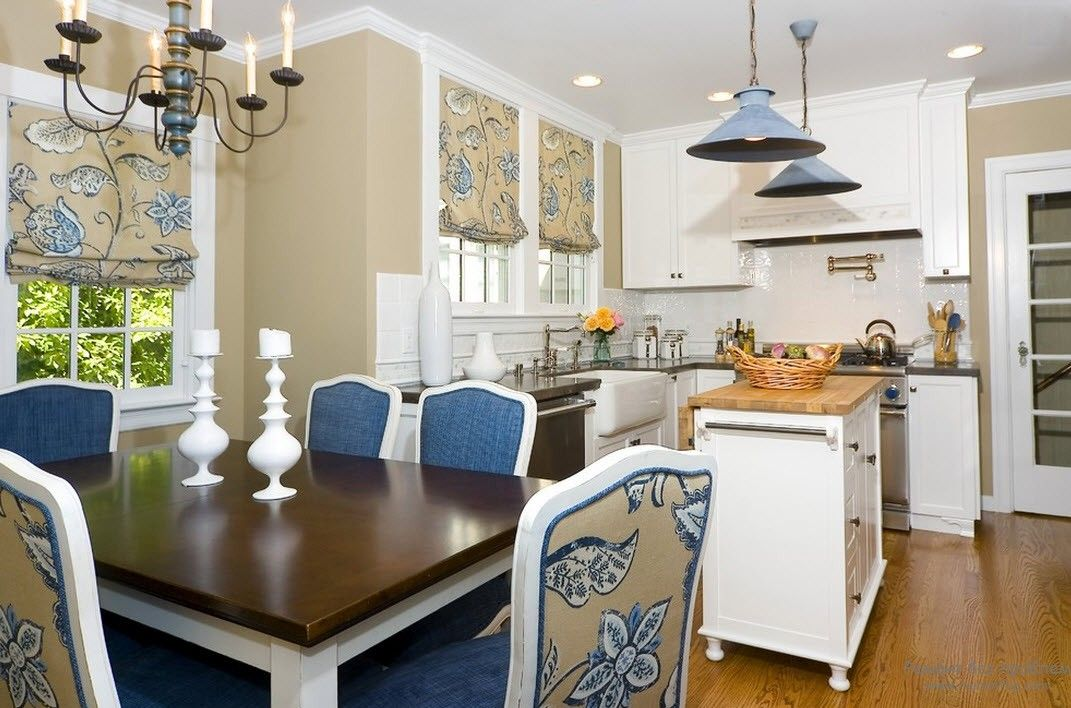 Classic style in the kitchen and the beige, blue diluting colors