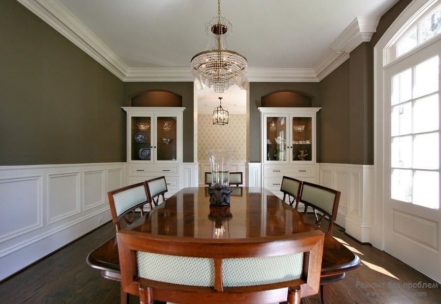 Polyurethane Stucco Interior Finishing & Usage Ideas. Beige top and white bottom of the large dining hall