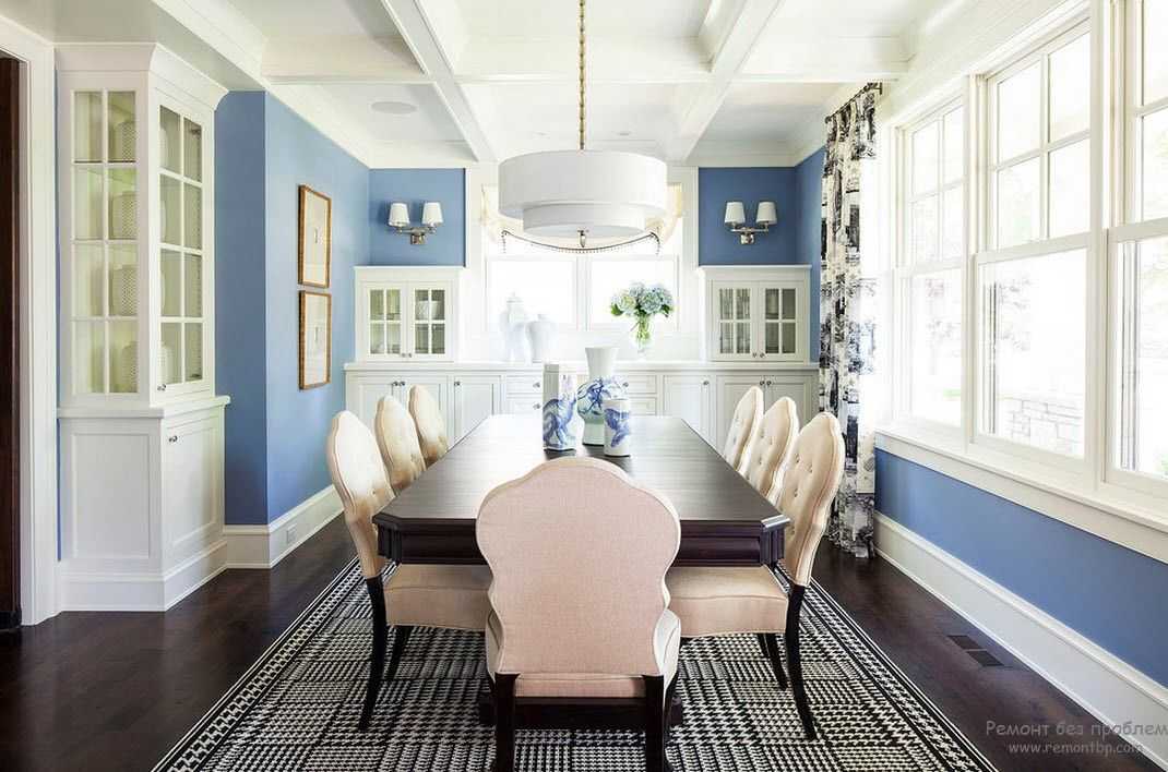 Blue Color Interior Decoraion Ideas. Water Element in Your Home. Crayola wall painted walls in the large dining room