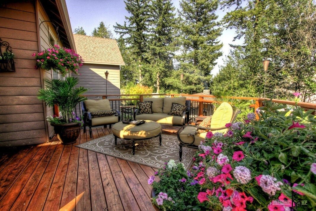 Patio furniture outdoor. Reviewing Types with Photo. Absolute accordance with Eco style at athe backyard