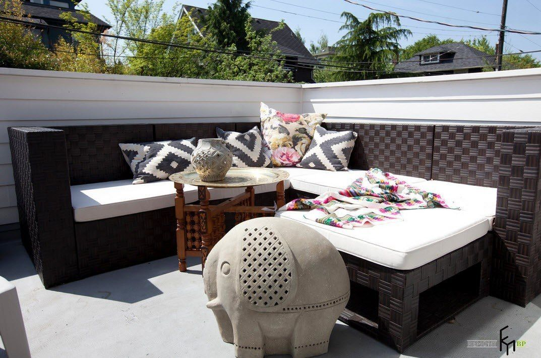Patio furniture outdoor. Reviewing Types with Photo. Chocolate color of artificial rattan for angular set