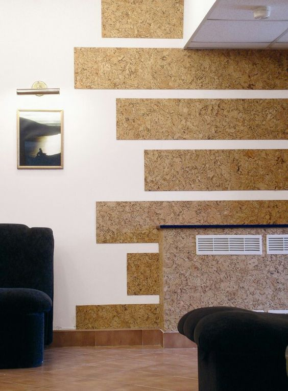Cork wallpaper stripes to decorate the room