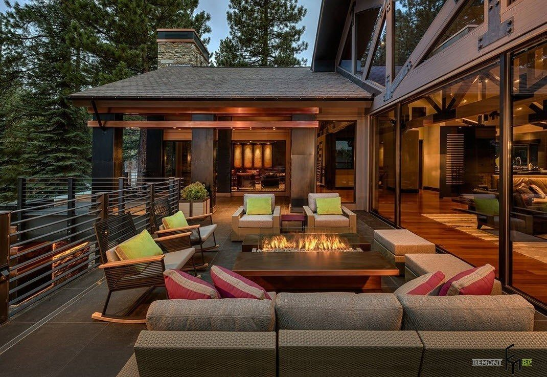 Open patio at the private house's backyard platform in modern style