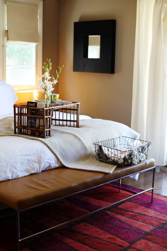 Bamboo wicker basis for the overbed table