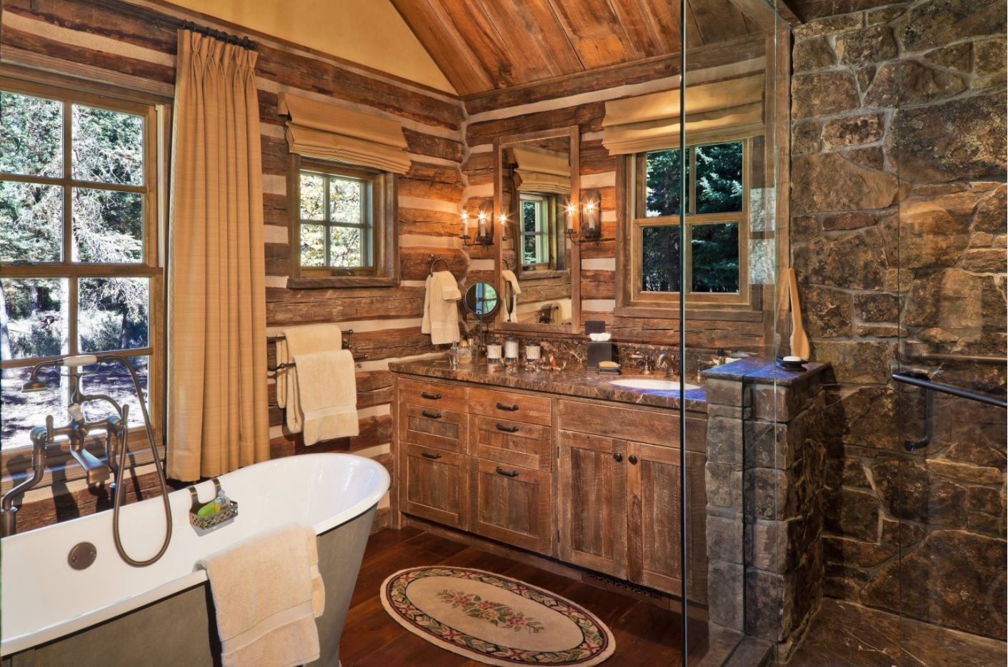 Master Bathroom Design Ideas with Real Interior Photos. Classic natural trimmed bathroom in the large space of private house