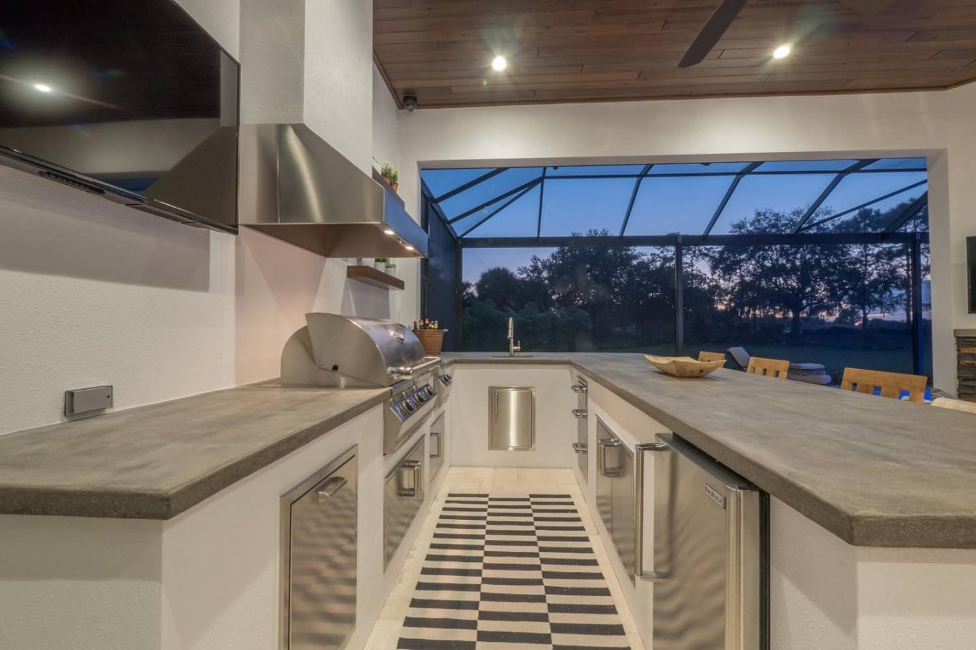 DIY Pouring Concrete Countertops. Interior Usage, Photos, Ideas. Futuristic and hi-tech styled within one modern house layout with latticed panoramic window