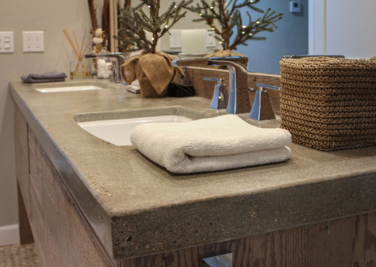 DIY Pouring Concrete Countertops. Interior Usage, Photos, Ideas. Bathroom top of the vanity