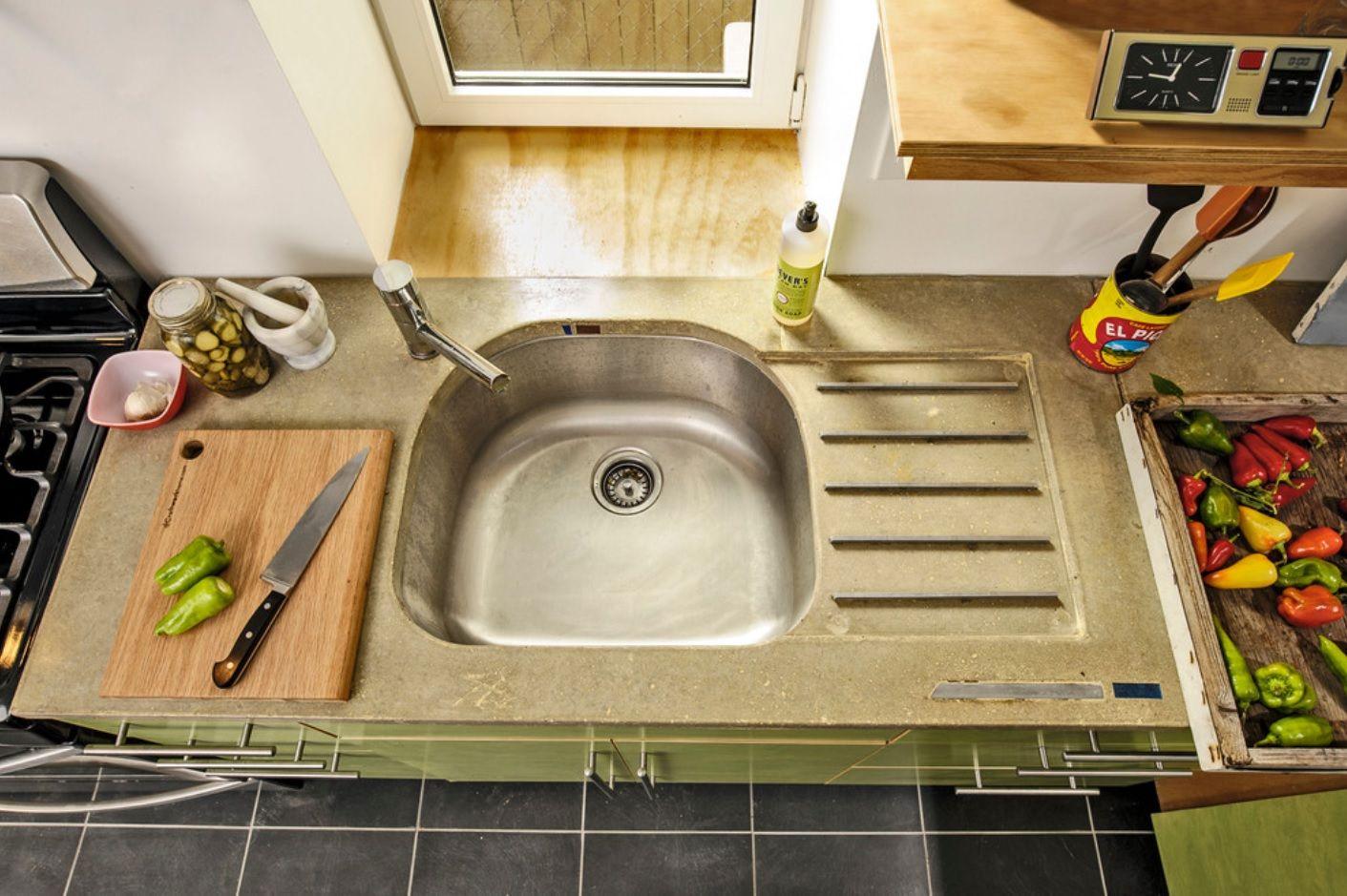 DIY Pouring Concrete Countertops. Interior Usage, Photos, Ideas. Steel sink built into concrete top