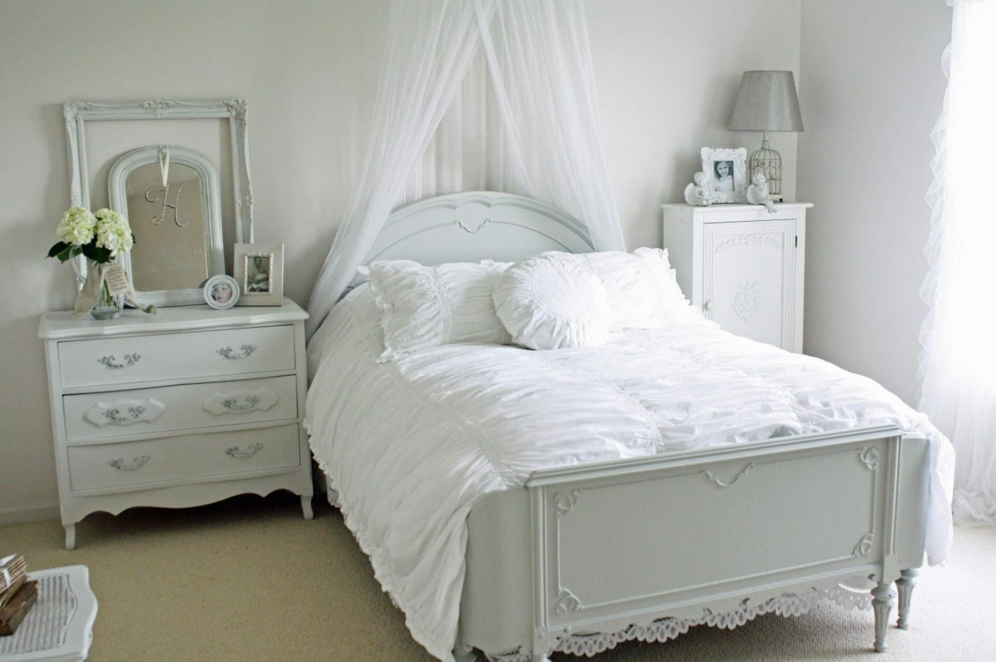 White Bedroom Furniture Set Ideas & Photos. Grayish tone of the furniture in light decorated room