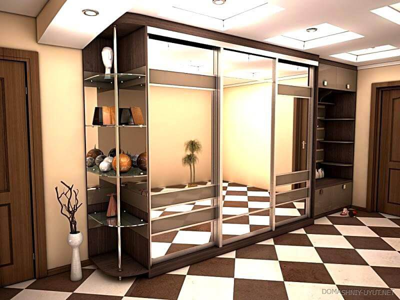 Modern Closet Types & Variants for Hallway Interior with Photos. Chess style for the floor tiles and mirroring surfaces of the separately standing construction