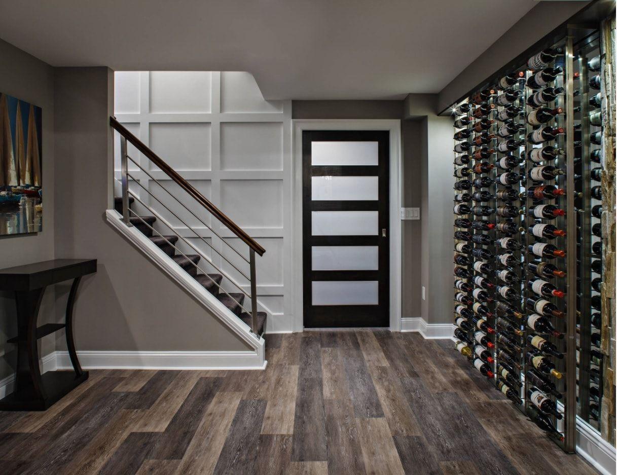 Ground level wine cellar in Modern style