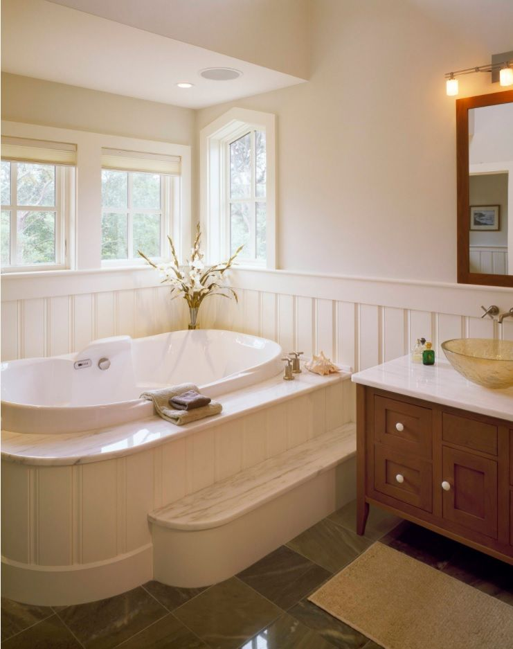 Bathroom with Wainscoting Design Ideas. Complex of stands and natural light