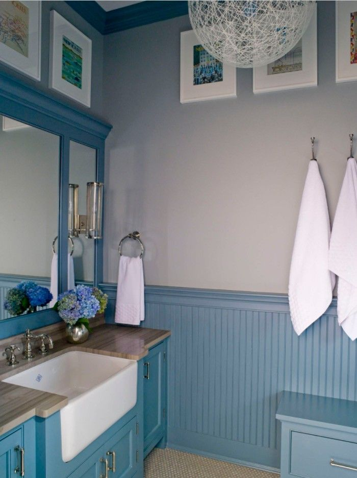 Bathroom with Wainscoting Design Ideas. Blue color scheme