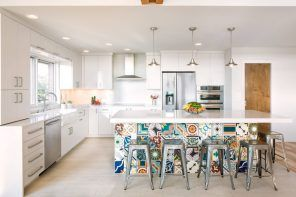 Creative idea to decorate kitchen island stand with drawing