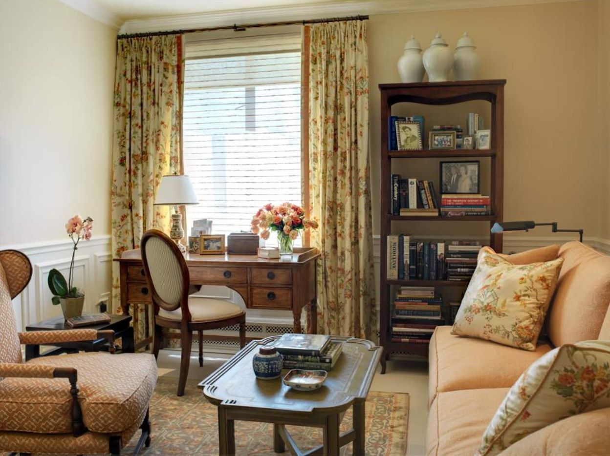 Retro styled front room in gold color scheme