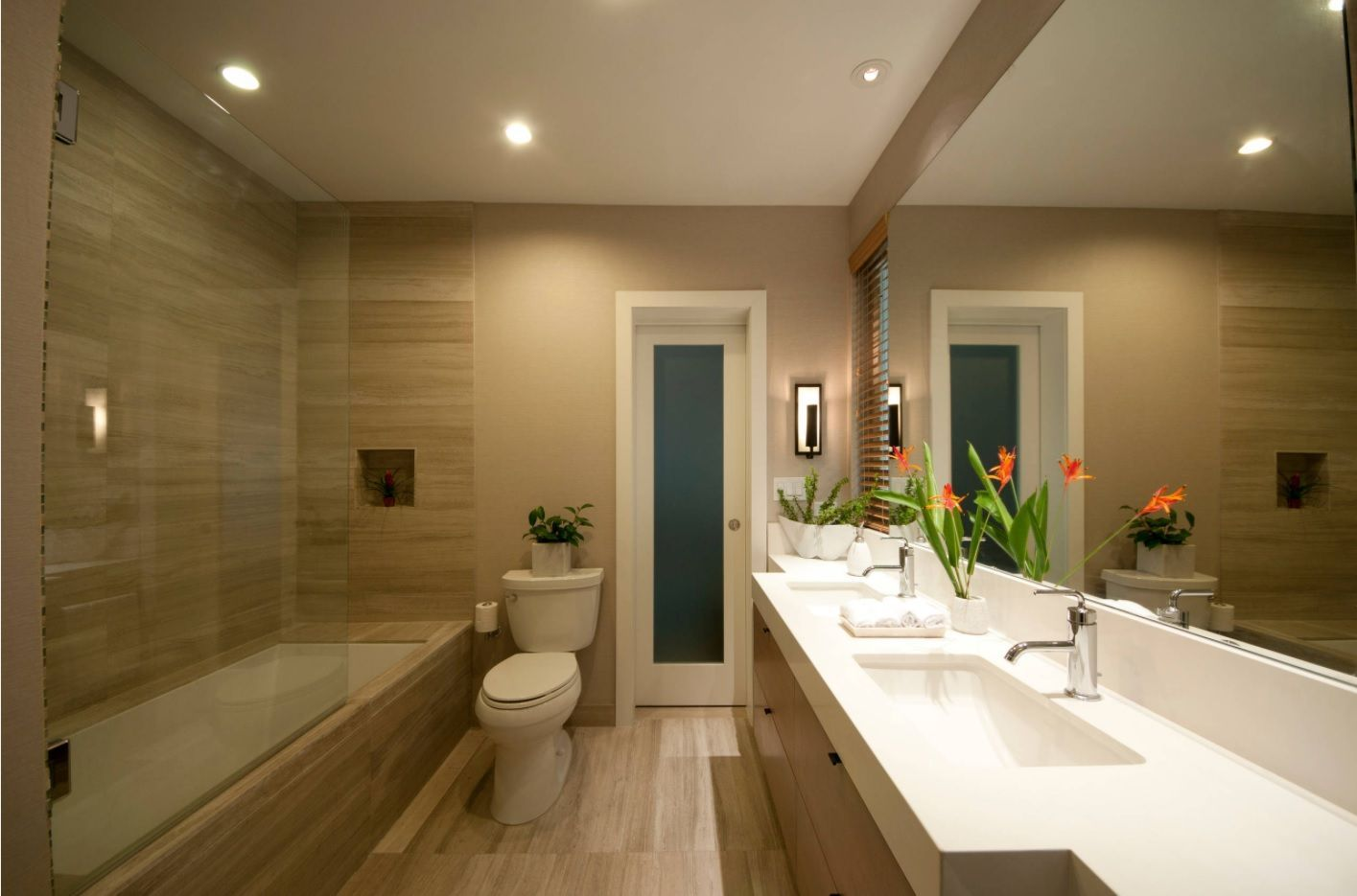 Jack And Jill Bathroom Interior Design Ideas. Unusually Large  Space Expanding Mirror In The