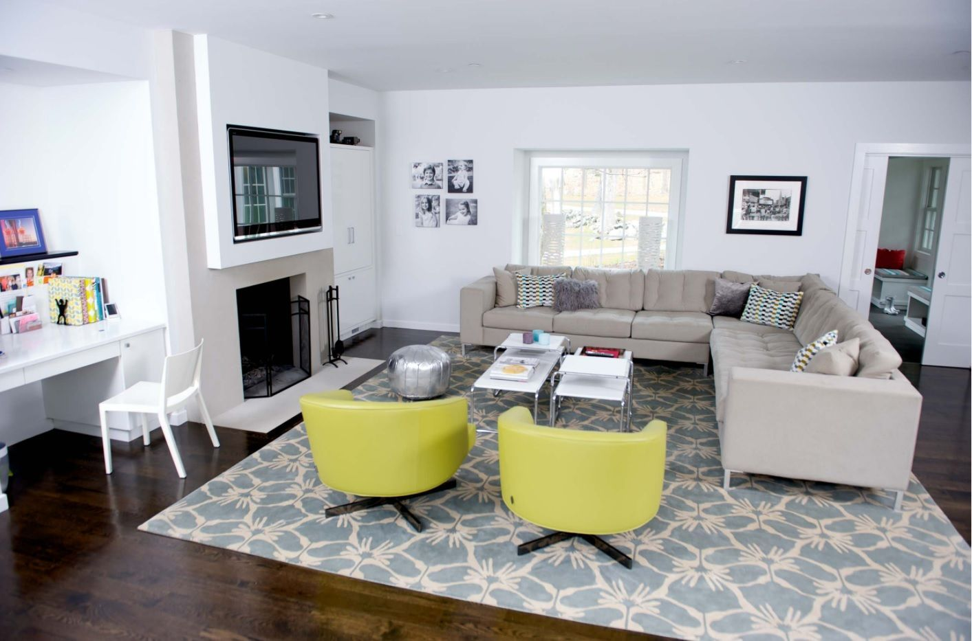 Living Room Layout Design & Decoration Ideas. Bright yellow armchairs as accents in the Classic setting of the room