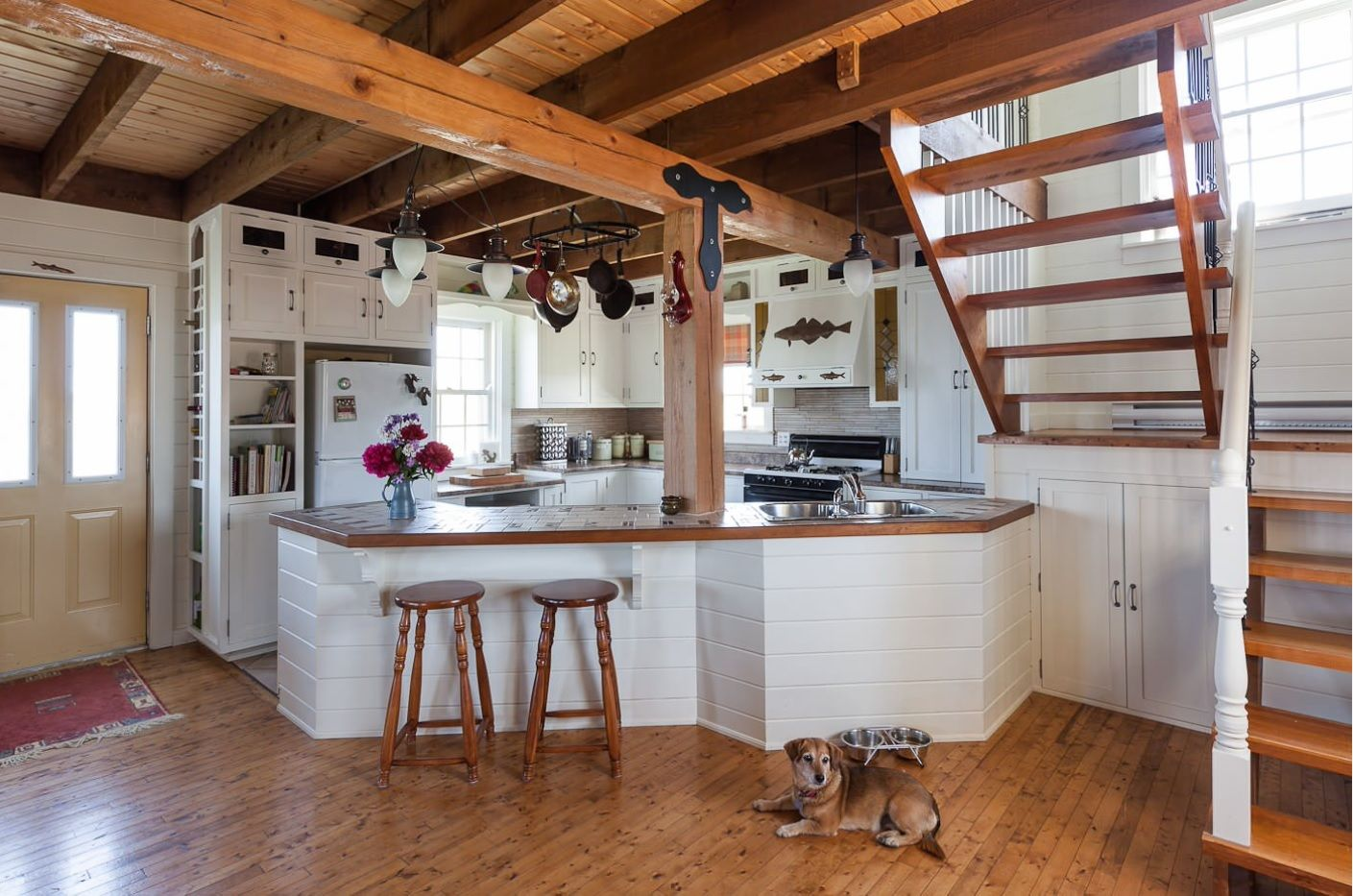 Open Kitchen Design & Interior Decoration. Roomy space under the stairs for improvised kitchen