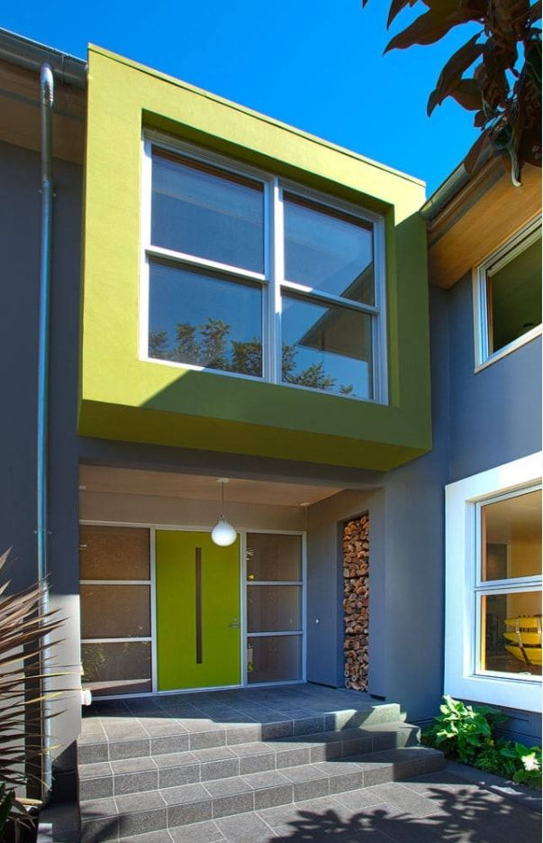 Fusion house exterior in green and gray mix