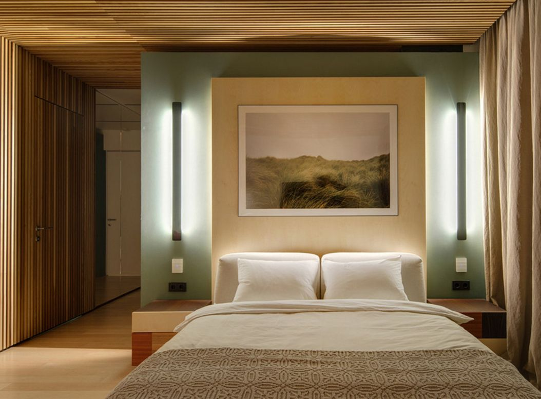 CLassic ethno design for the large bedroom with original light sources