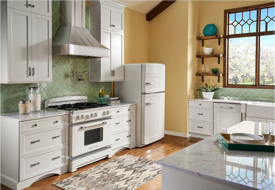 White simple design for the Classic setting of the kitchen