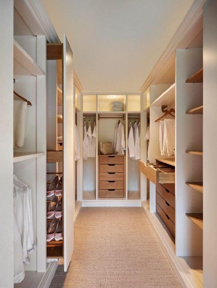 Successful design of the wardrobe made of extra room