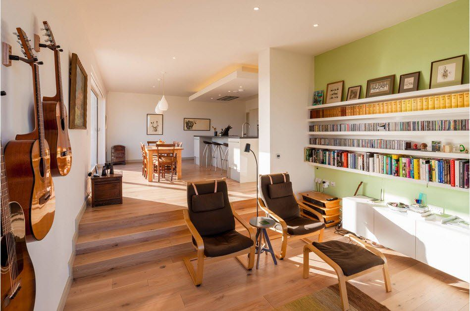 Spacious cottage with accent walls and poang armchairs