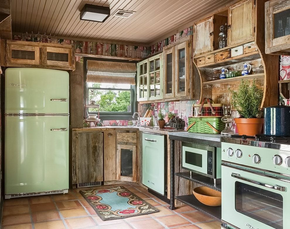 Pronounced Rustic style in the spacious kitchen