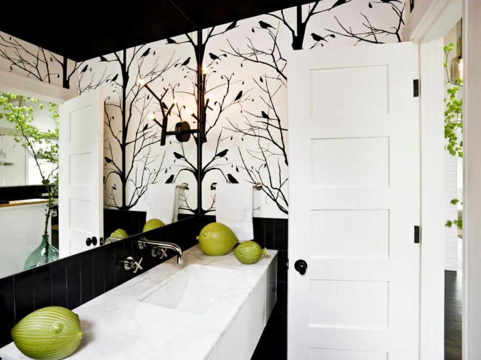 Artistic decoration in black for modern designed bathroom
